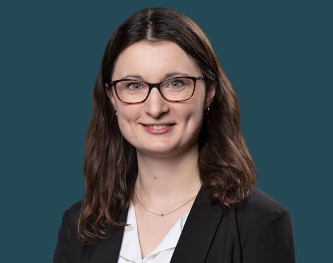 Reimer Rechtsanwälte - Wirtschaftsjuristin Leonie Grassmann